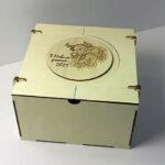 Подарункові коробки